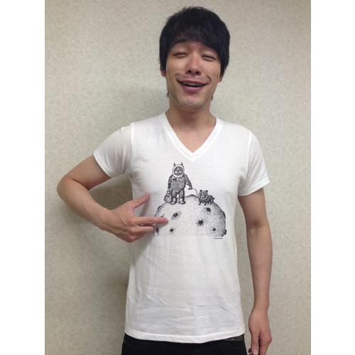川島明デザインTシャツ『さんぽ』 着用
